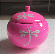 appled-shapped pot with lid