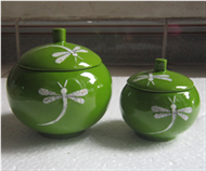 set of 2 appled-shapped pots with lid