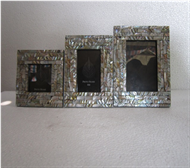 set of 3 picture frames with seashell